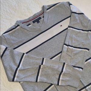EUC Tommy Hilfiger Striped V-Neck Sweater Sz L